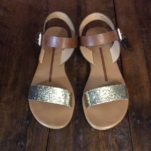 new directions Shoes - Women's New Directions Gold Glitter Betty Sandal